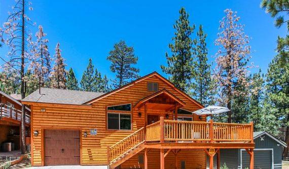 Cabin Close to Lake